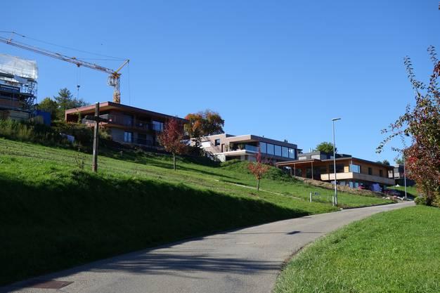 Die Gemeinde hat 85 Haushalte mit 220 Einwohnerinnen und Einwohnern.
