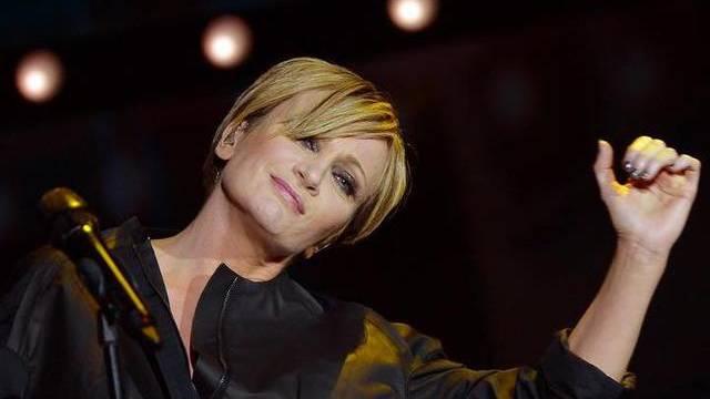 """Fühlt sich in hohen Schuhen """"wie eine Comicfigur"""": Sängerin Patricia Kaas"""