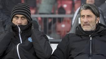 Das Trainergespann Murat und Hakan Yakin muss sich Sorgen machen