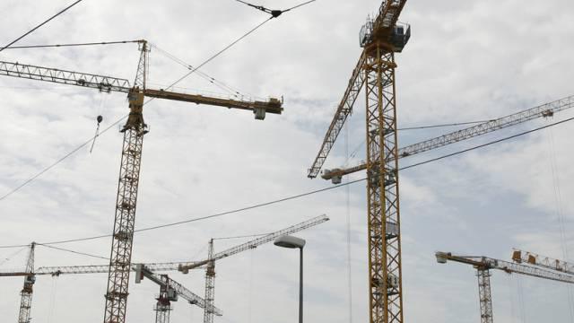 Die Schweizer Wirtschaft profitiert auch vom Bauboom.