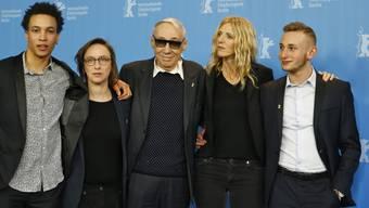 """Der französische Regisseur André Techiné (M) schickt den Schweizer Schauspieler Kacey Mottet Klein (r.) in """"Quand on a 17 ans"""" auf die schwierige Suche nach der sexuellen Orientierung."""
