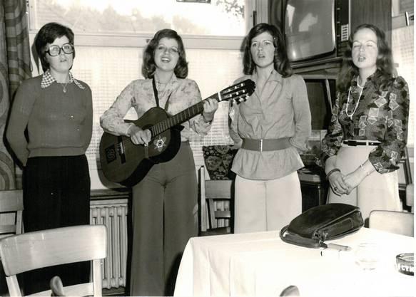 Marie-Louise, Margreth und Ruth hier noch bei einem Auftritt im privaten Rahmen.