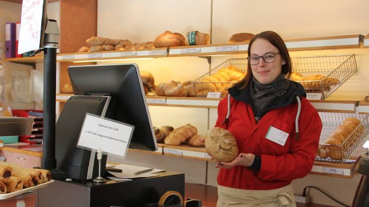 Der Verkauf läuft ganz normal weiter: Jeweils am Dienstag gibts bei Kristin Popp in der Bäckerei Lehmann in Schinznach-Dorf nicht nur Brot, sondern auch Suppe.