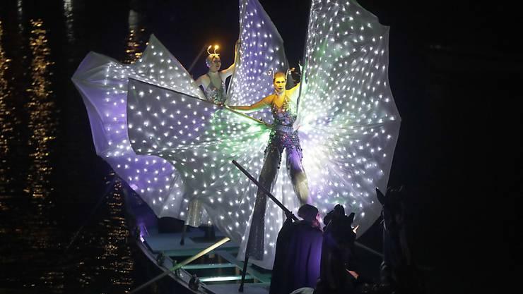 Szene aus dem Eröffnungsspektakel des Karnevals von Venedig.