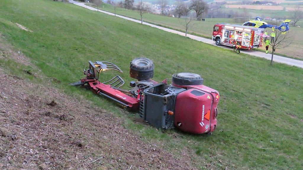 Mann bei Unfall mit Radlader in Freienwil tödlich verletzt