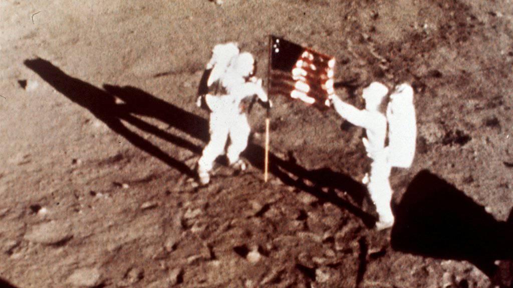 Die Apollo-11-Astronauten Neil Armstrong und Edwin E. «Buzz» Aldrin waren am 20. Juli 1969 die ersten Menschen auf dem Mond. (Archiv)
