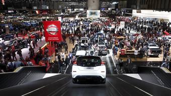 Der 89. Genfer Autosalon muss kurz vor seiner Eröffnung am 7. März die Absagen des südkoreanischen Herstellers Hyundai und der britischen Jaguar Land Rover hinnehmen. Dafür profitiert Nissan durch mehr Aussstellungsfläche. (Archiv)