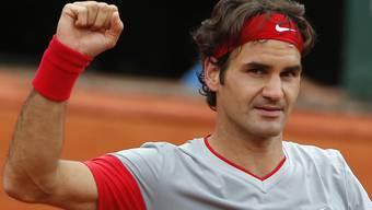 Roger Federer steht nach dem Sieg gegen Dimitri Tursunow im Achtelfinal des French Open in Paris