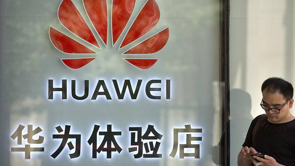 Der chinesische Netzwerkausrüster und Handy-Konzern Huawei nimmt einen weiteren Anlauf, um das gegen ihn verhängte US-Handelsverbot anzufechten. (Archivbild)