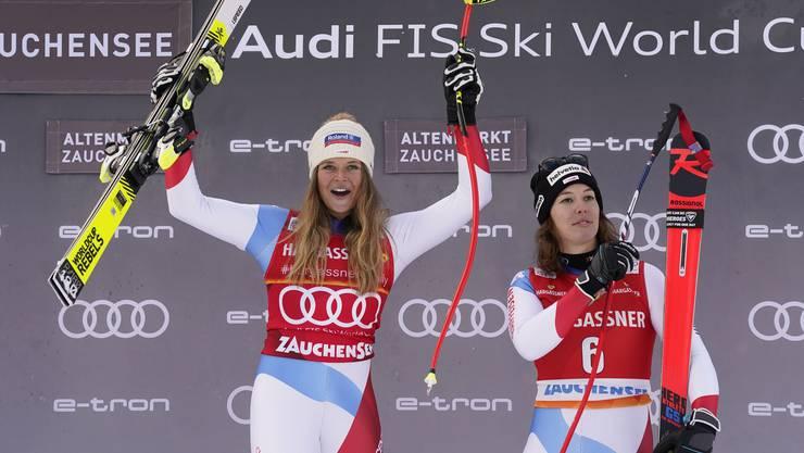 Jubel auf dem Podium: Corinne Suter (Erste, links) und Michelle Gisin (dritte).