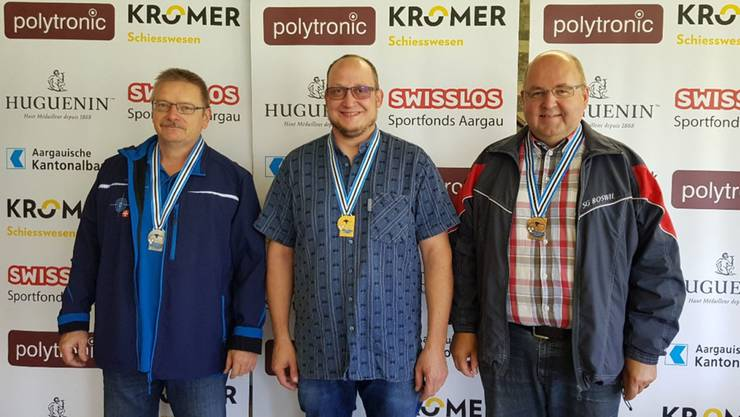 Titelverteidiger Walter Schumacher (Mitte), Silber geht an Willy Linder (links), Bronze sicherte sich Gerry Koch