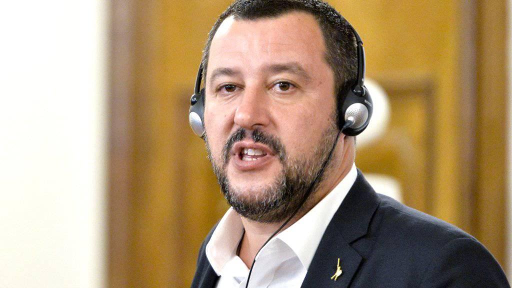 Italiens Innenminister Matteo Salvini greift durch. (Archivbild)