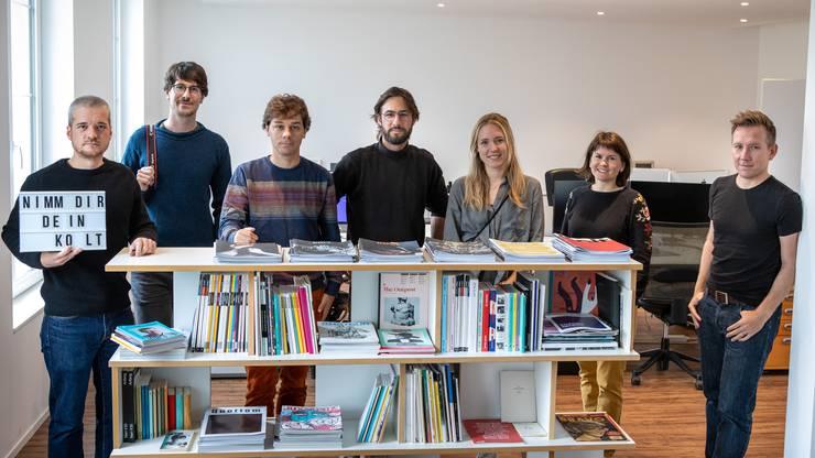 «Kolt»-Team (von links): Adrian Portmann, Timo Orubolo, Yann Schlegel, Verleger und Gründer Yves Stuber, Finja Basan, Andrea Hänggli und David Degen.