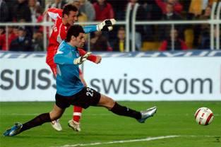 Sein vielleicht wichtigstes Tor schoss Streller am 16. November 2005 in Istanbul. Er traf in der 84. Minute gegen die Türkei zum 2:3 (Ende 2:4) und bescherte der Schweiz in diesem von Tritten geprägten Skandalspiel die WM-Qualifikation. «Jeder musste um sein Leben rennen», sagte Streller hinterher.