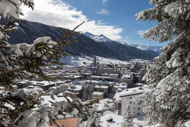 Davos (1594m) – spätester Schneefall: 24. Juli 1939 – mittlerer Termin: 5. Juni.