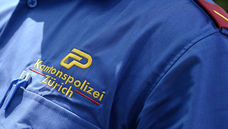 """Zwei """"Falsche Polizisten"""" sind in Zollikon verhaftet worden. (Symbolbild)"""