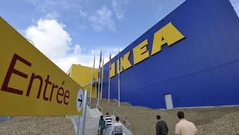 Ein Geschäft von Ikea: In der Affäre um die Bespitzelung von Mitarbeitern wird ermittelt (Symbolbild)