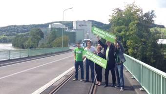 Fünf Grüne und ein Motto: «AKW Beznau jetzt abstellen»