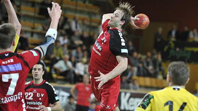 BSV-Spieler Thomas Hofstetter beim Abschlussversuch