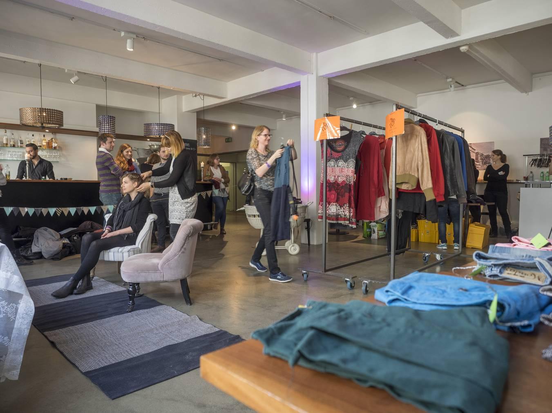 Von 13 Uhr bis 16 Uhr wird getauscht, von 11 bis 15 Uhr können Kleider abgegeben werden. (Bild: Tagblatt / Hanspeter Schiess)