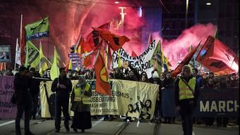 Zürich wird zum Zentrum der Anti-WEF- und Anti-Trump-Demonstration
