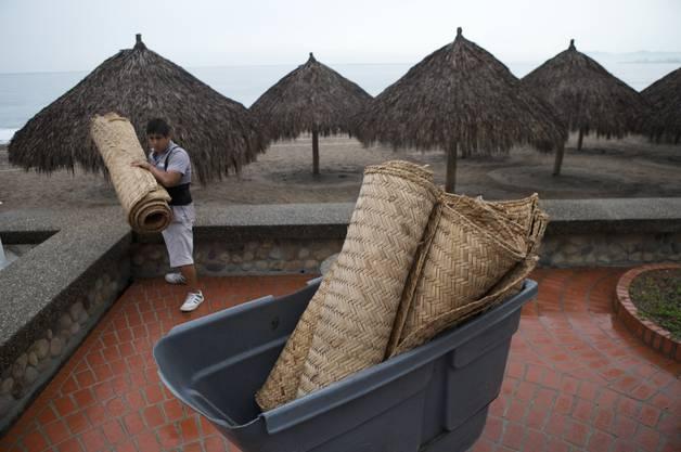 """Der beliebte Ferienort an der mexikanischen Küste könnte nach Behördenangaben direkt vom Hurrikan """"Patricia"""" getroffen werden"""