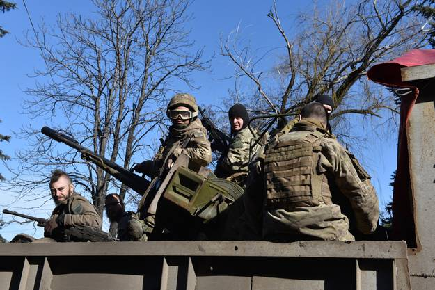 Auch grosskalibrige Waffen kommen weiterhin zum Einsatz.