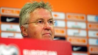 Der neue alte Bonds-Coach Guus Hiddink vor der Premiere nach seiner Rückkehr zu den Oranjes.