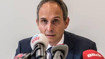 Kripo-Chef Urs Bartenschlager bei einer Medienkonferenz 2016 .