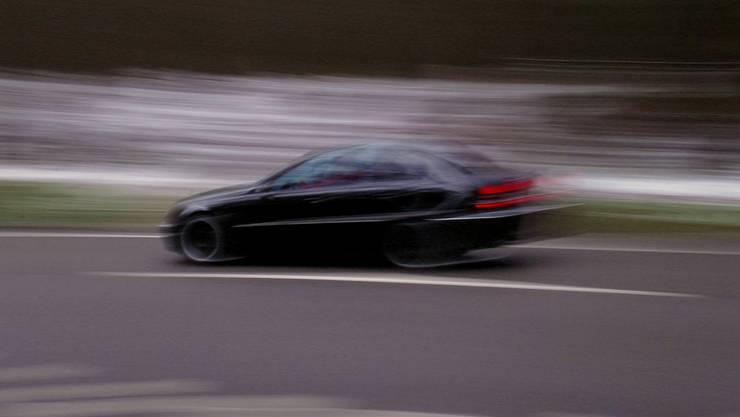 Zwischen Hermetschwil-Staffeln und Bünzen fuhr ein Automobilist mi 155 km/h. Erlaubt wären auf der Strecke 80.