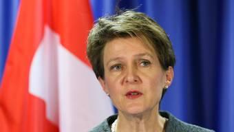 Bemühte sich, die Folgen der Abstimmung herunterzuspielen: Bundesrätin Sommaruga gestern in Brüssel.Key