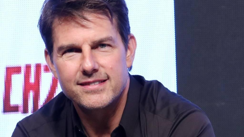 Tom Cruise dreht mit Maske und quietschenden Reifen in Rom