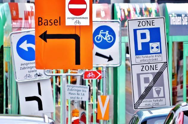Tafelsalat : Hier in Riehen kommt wohl mancher Verkehrsteilnehmer ins Schwitzen ...