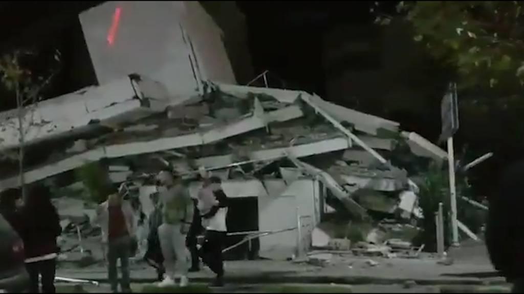Erdbeben mit Stärke 6,3 erschüttert Albanien