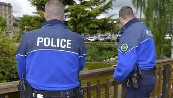 Eine Patrouille der Waadtländer Polizei.