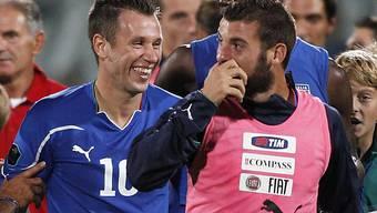 EM-Vorfreude bei Italiens Antonio Cassano (l.) und Antonio Nocerino