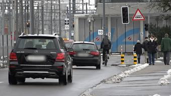 """""""Ein Anteil der Wege muss künftig zu Fuss, mit dem Fahrrad oder mit öffentlichen Verkehrsmitteln abgewickelt werden"""", heisst es im Kommunalen Gesamtplan der Stadt Aarau."""