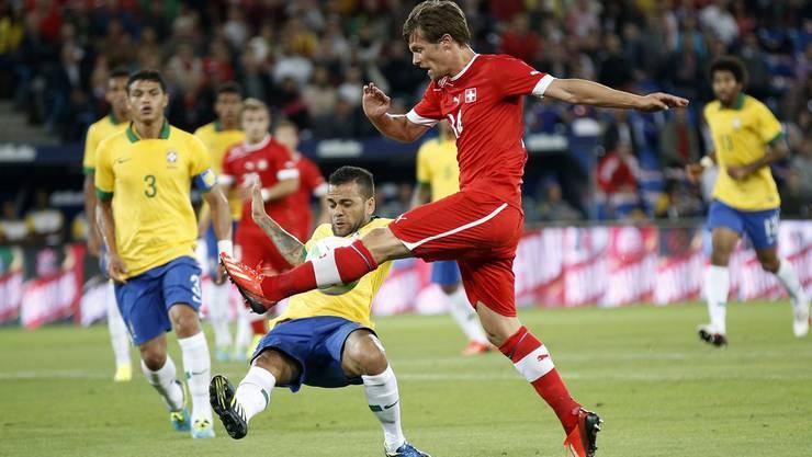 Dani Alves klärt gegen Stocker