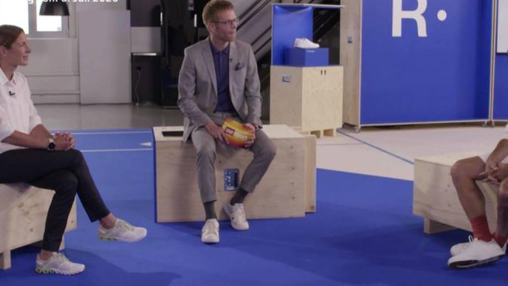 Mit der Werbung übertrieben? Nicola Spirig und Roger Federer in der Sendung «Sportpanorama plus» mit Olivier Borer.