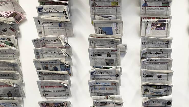 Die neusten Schweizer Sonntagszeitungen schreiben unter anderem über den möglichen Preis einer neuen Therapie von Novartis im Umfang von geschätzten vier Millionen Franken. (Symbolbild)