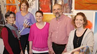 Vor dem Start (v. l.): Claudia Bregger, Susanne Steinmann, Sandra Bünter (Teil des Verkaufsteams), Peter-Lukas Meier (Ausstellungsmacher) und Janine Rotzinger (Marketing/Leitung Organisation).