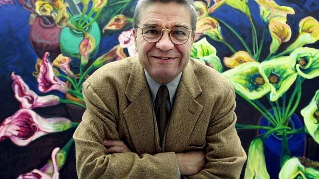 Tadeusz vor einem seiner Gemälde (Archiv)