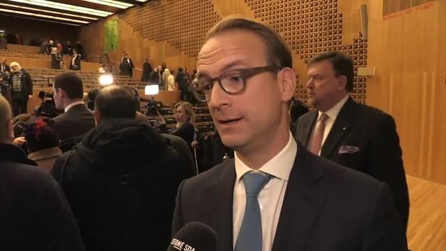 Basis der FDP Genf spricht Maudet Vertrauen aus