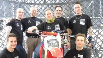 Vorne links: Manuel Zaugg, Romina Berger, Stefan Huber. Hinten links: Benjamin Koffel, Ron Regener, Freddy Nock und Dominik Gächter.
