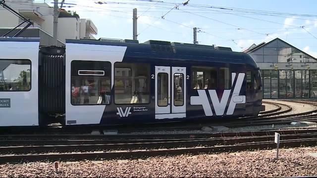 Neuer Zug der Aargau Verkehr AG eingeweiht