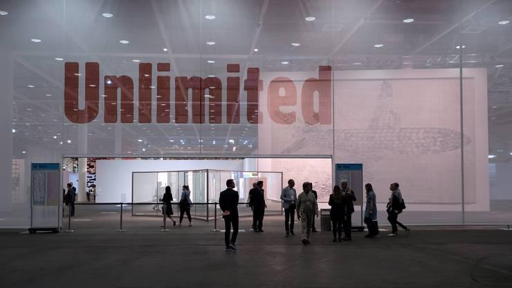 Eingang zur Art Unlimited