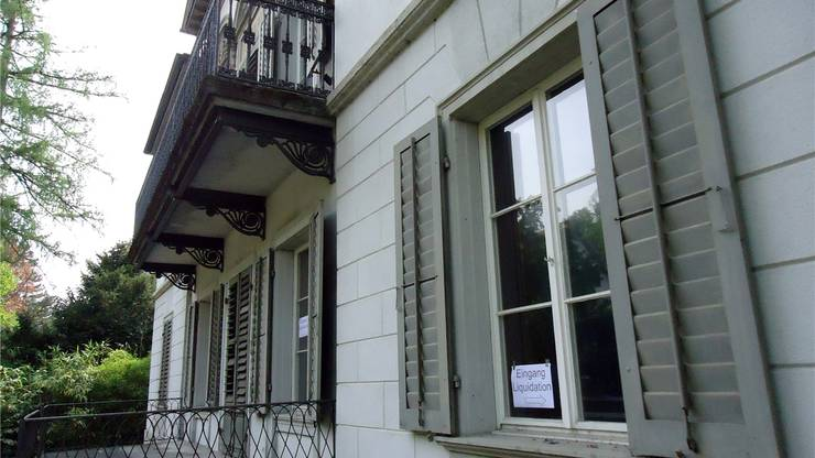 Die Villa Malaga steht leer und verlottert an der Schützenmattstrasse in Lenzburg.