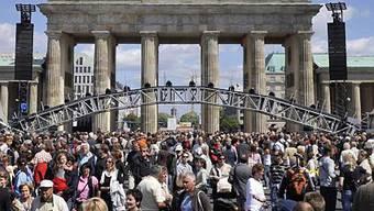Menschenmengen mitten in Berlin