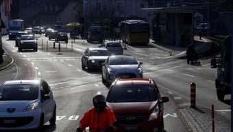 Mit der Umfahrung Klus soll zu einer Verkehrsentlastung in der Region Thal führen. (Symbolbild)