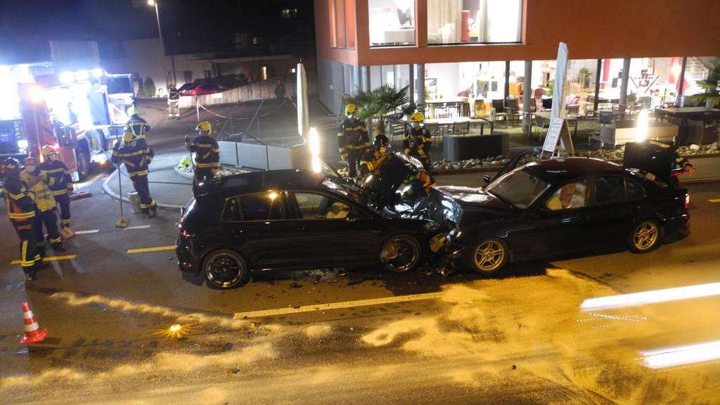 Autofahrer unter Drogen verursacht Frontalkollision – eine Person verletzt
